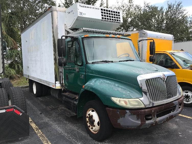 Reefer Truck-Light and Medium Duty Trucks-International-2003-4200LP-RIVIERA BEACH-FL-171,714 miles-$9,000