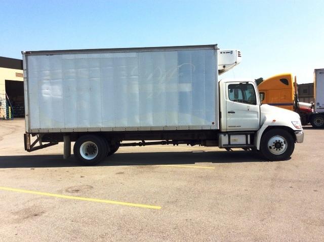 Reefer Truck-Light and Medium Duty Trucks-Hino-2010-338-DELTA-BC-291,063 km-$34,000