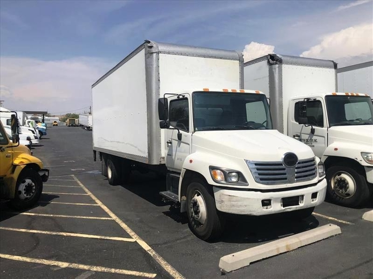 Medium Duty Box Truck-Light and Medium Duty Trucks-Hino-2005-268-ALBUQUERQUE-NM-472,431 miles-$7,250