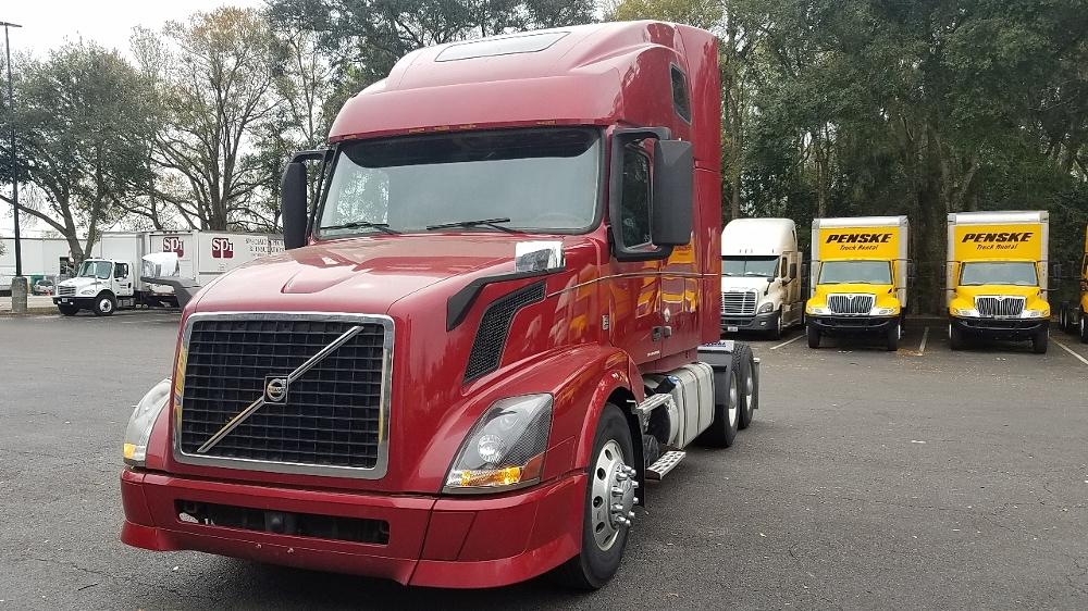 Sleeper Tractor-Heavy Duty Tractors-Volvo-2013-VNL64T670-JACKSONVILLE-FL-602,598 miles-$49,750
