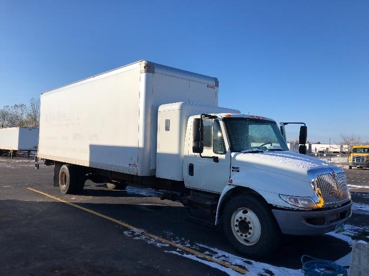 Medium Duty Box Truck-Light and Medium Duty Trucks-International-2013-4300-ROSEVILLE-MN-201,809 miles-$12,000