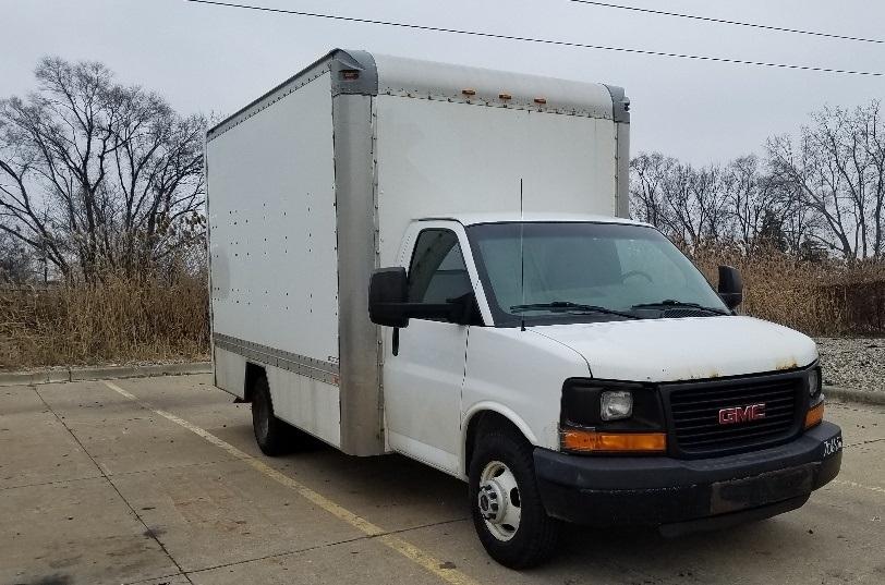 Light Duty Box Truck-Light and Medium Duty Trucks-GMC-2010-Savana G33903-ALLEN PARK-MI-228,452 miles-$6,500