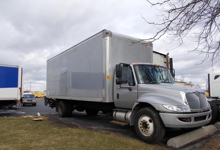 Medium Duty Box Truck-Light and Medium Duty Trucks-International-2013-4300-INDIANAPOLIS-IN-92,302 miles-$10,500