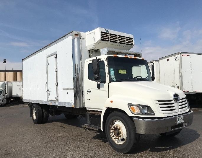 Reefer Truck-Light and Medium Duty Trucks-Hino-2005-338-ELK GROVE VILLAGE-IL-580,637 miles-$9,500