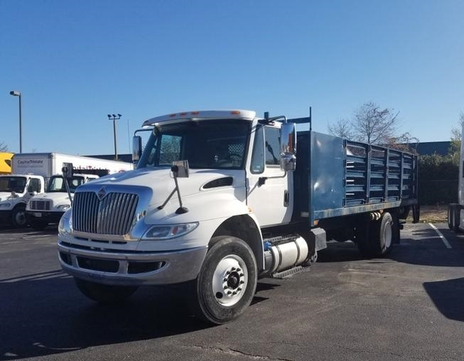 Flatbed Truck-Light and Medium Duty Trucks-International-2015-4300-CHESAPEAKE-VA-72,435 miles-$49,000