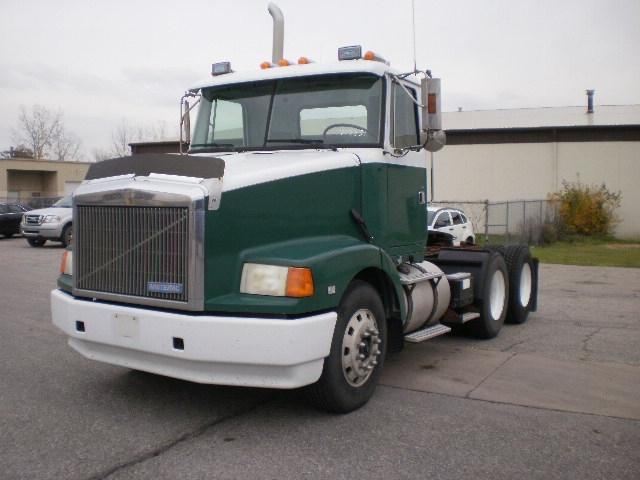 Day Cab Tractor-Heavy Duty Tractors-Volvo-1995-WCA64T-PORT HURON-MI-349,282 miles-$14,500