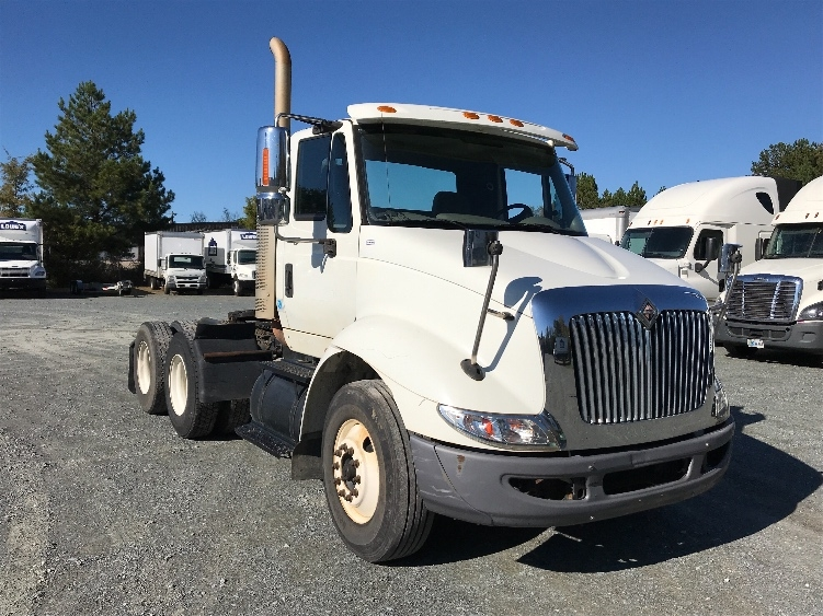 Day Cab Tractor-Heavy Duty Tractors-International-2009-8600-INDIAN TRAIL-NC-164,155 miles-$20,000