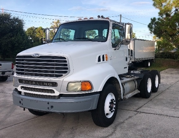 Day Cab Tractor-Heavy Duty Tractors-Sterling-2004-AT9500-SAINT AUGUSTINE-FL-232,183 miles-$22,500