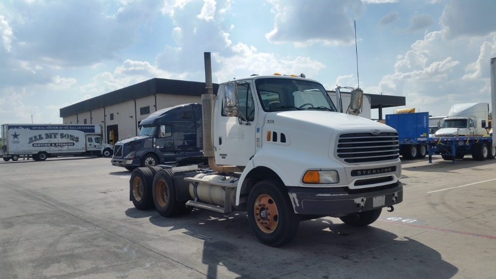 Day Cab Tractor-Heavy Duty Tractors-Sterling-2006-AT9500-CARROLLTON-TX-163,536 miles-$21,750