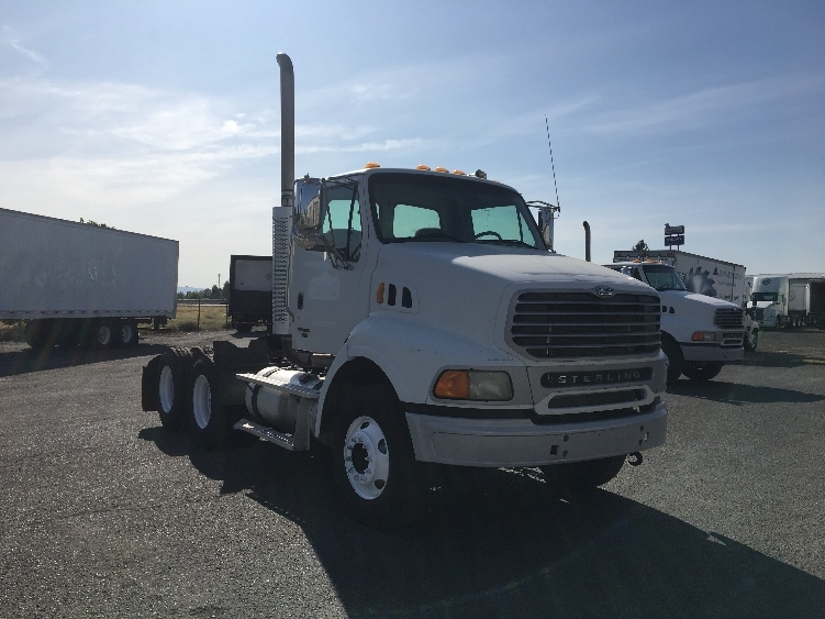Day Cab Tractor-Heavy Duty Tractors-Sterling-2007-AT9500-YAKIMA-WA-181,882 miles-$29,500