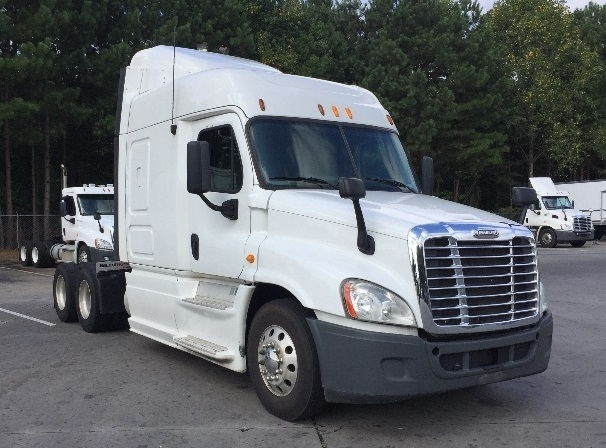 Sleeper Tractor-Heavy Duty Tractors-Freightliner-2013-Cascadia 12564ST-KENNESAW-GA-658,887 miles-$28,000