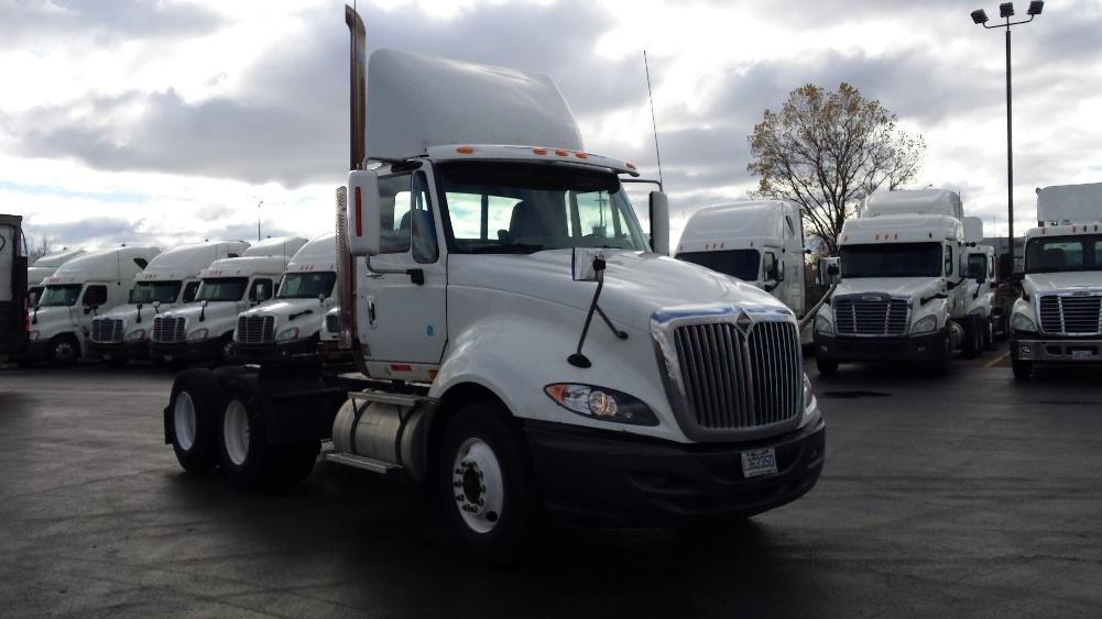Day Cab Tractor-Heavy Duty Tractors-International-2010-ProStar-SAINT LAURENT-PQ-685,000 km-$32,000