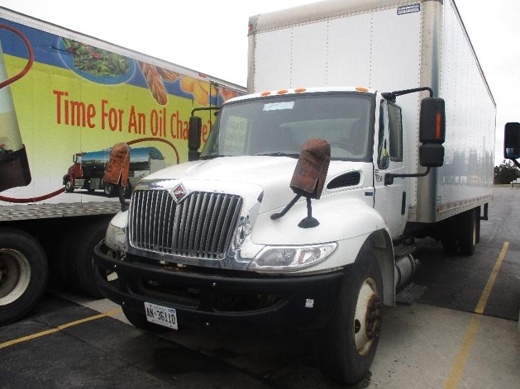 Medium Duty Box Truck-Light and Medium Duty Trucks-International-2011-4300-CONCORD-ON-218,400 km-$10,000