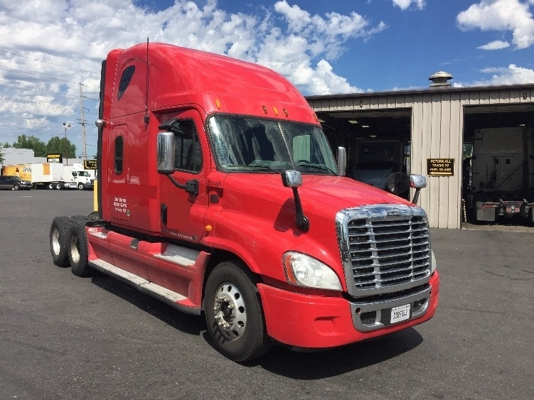Sleeper Tractor-Heavy Duty Tractors-Freightliner-2012-Cascadia 12564ST-PORTLAND-OR-490,102 miles-$44,000