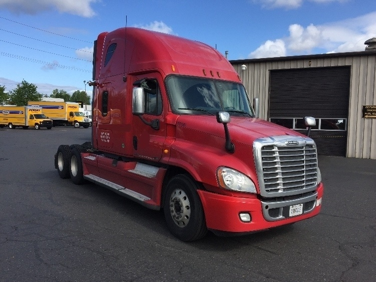Sleeper Tractor-Heavy Duty Tractors-Freightliner-2012-Cascadia 12564ST-PORTLAND-OR-536,419 miles-$42,000