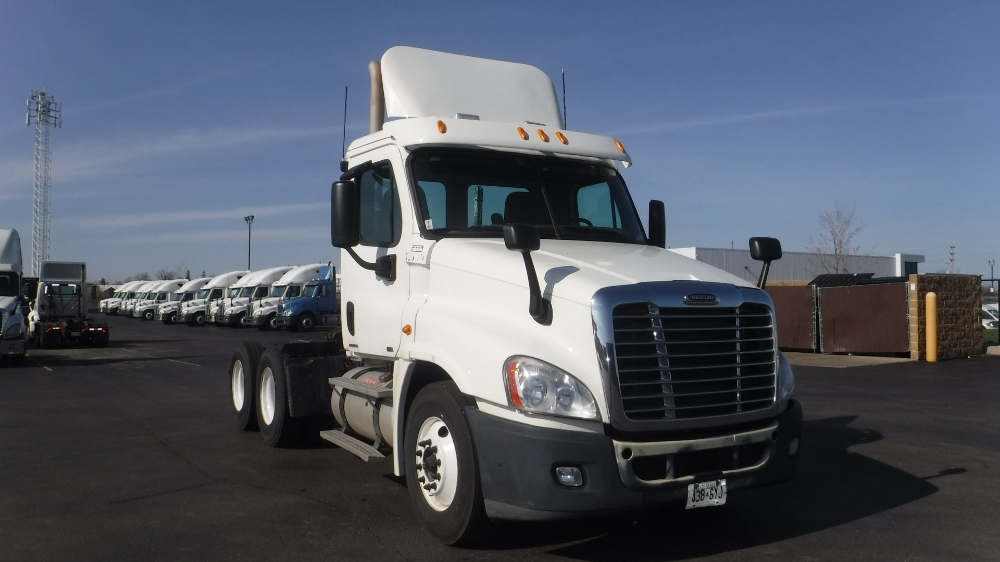 Day Cab Tractor-Heavy Duty Tractors-Freightliner-2011-Cascadia 12564ST-CAMBRIDGE-ON-435,321 km-$38,750