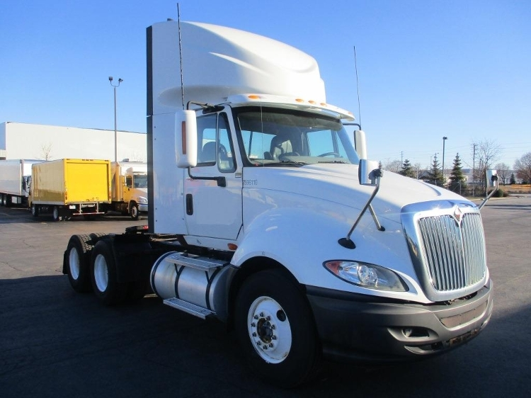 Day Cab Tractor-Heavy Duty Tractors-International-2011-ProStar-BRAMPTON-ON-229,889 km-$42,750