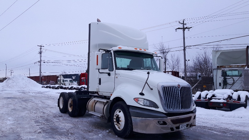 Day Cab Tractor-Heavy Duty Tractors-International-2011-ProStar-BOUCHERVILLE-PQ-315,002 km-$43,250