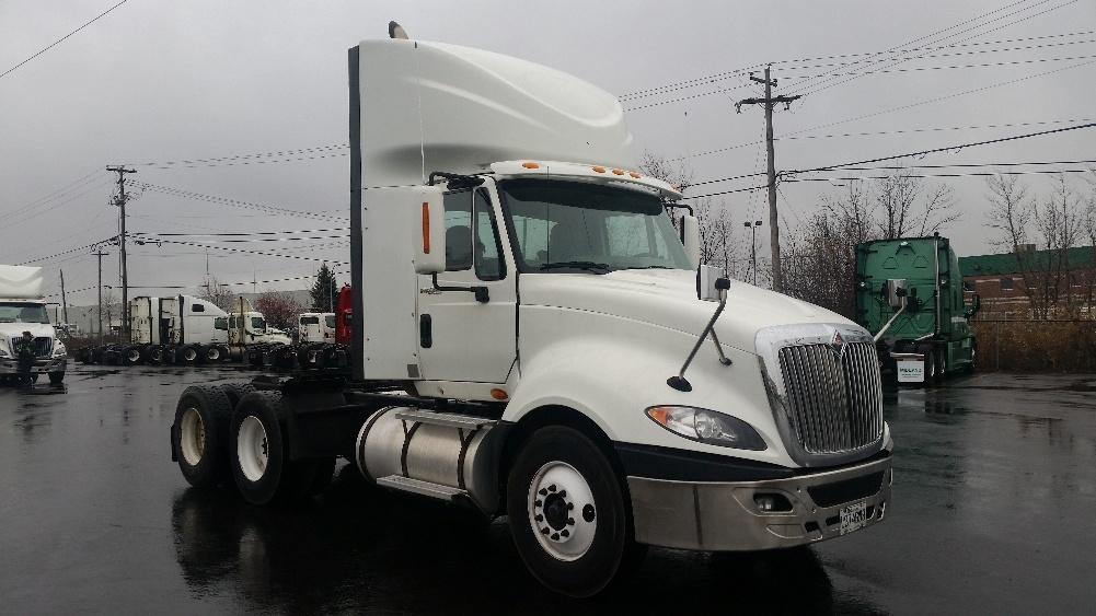 Day Cab Tractor-Heavy Duty Tractors-International-2011-ProStar-BOUCHERVILLE-PQ-393,692 km-$42,250