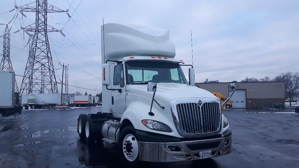 Day Cab Tractor-Heavy Duty Tractors-International-2011-ProStar-BOUCHERVILLE-PQ-445,984 km-$41,750