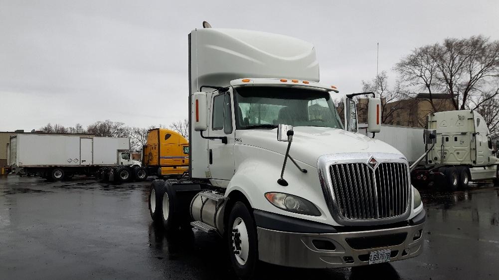 Day Cab Tractor-Heavy Duty Tractors-International-2011-ProStar-BOUCHERVILLE-PQ-408,810 km-$42,250