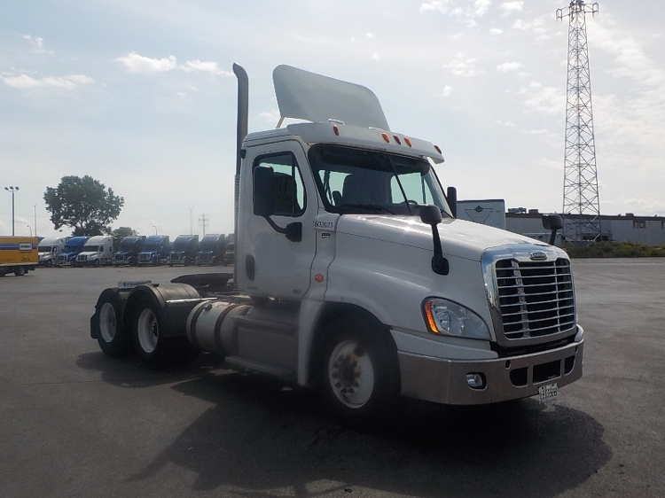 Day Cab Tractor-Heavy Duty Tractors-Freightliner-2011-Cascadia 12564ST-SAINT LAURENT-PQ-265,657 km-$51,250