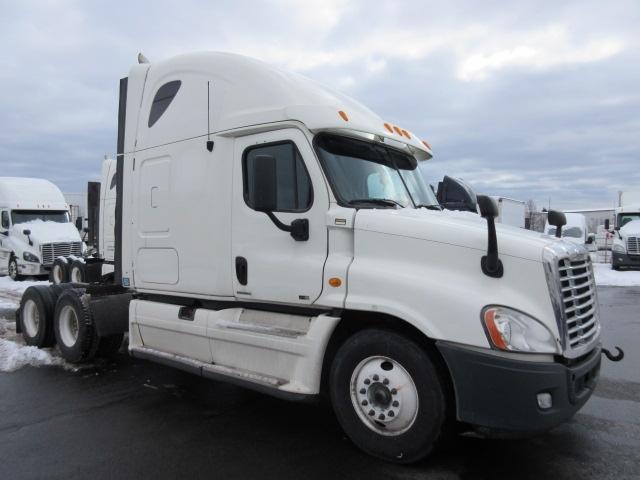 Sleeper Tractor-Heavy Duty Tractors-Freightliner-2011-Cascadia 12564ST-BURLINGTON-ON-842,030 km-$38,500