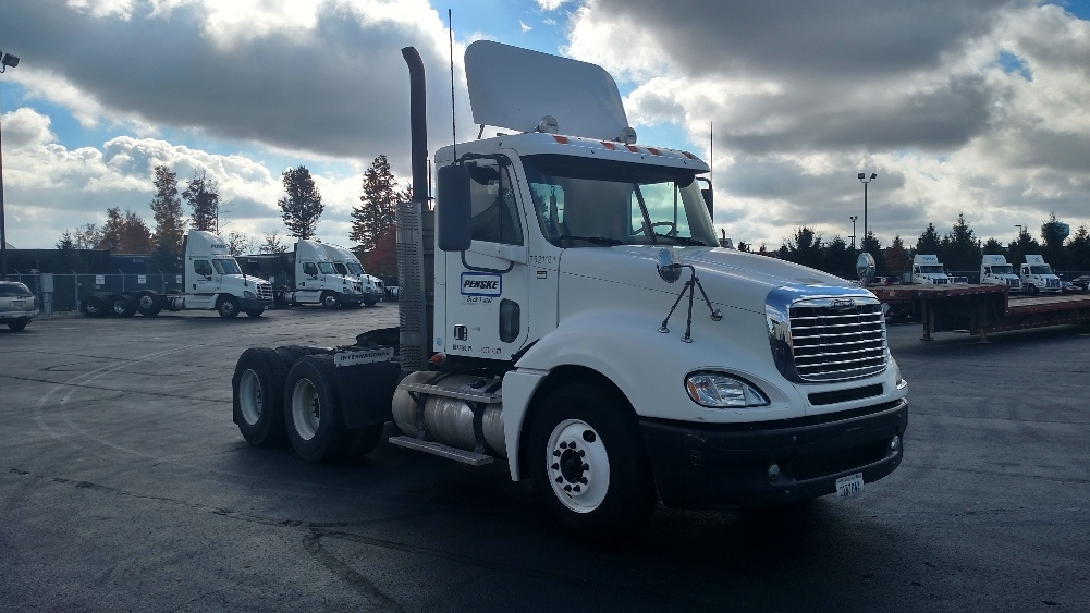 Day Cab Tractor-Heavy Duty Tractors-Freightliner-2010-Columbia CL12064ST-ALLEN PARK-MI-336,536 miles-$14,000
