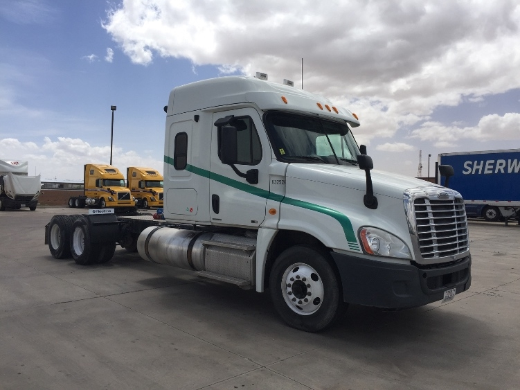Sleeper Tractor-Heavy Duty Tractors-Freightliner-2011-Cascadia 12564ST-PHOENIX-AZ-349,662 miles-$43,000