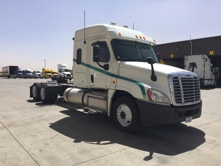 Sleeper Tractor-Heavy Duty Tractors-Freightliner-2011-Cascadia 12564ST-PHOENIX-AZ-366,667 miles-$34,000