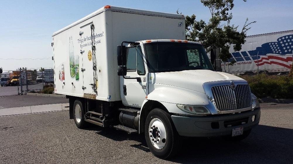 Cold Plate-Light and Medium Duty Trucks-International-2005-4300-HAYWARD-CA-153,482 miles-$19,750