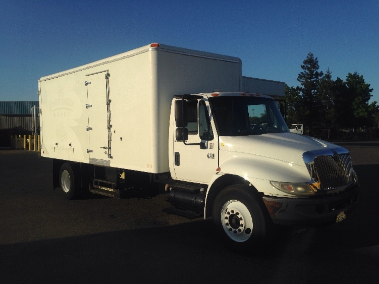 Cold Plate-Light and Medium Duty Trucks-International-2006-4300-WEST SACRAMENTO-CA-187,140 miles-$14,000