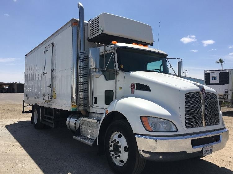 Cold Plate-Light and Medium Duty Trucks-Kenworth-2011-T370-FRESNO-CA-166,236 miles-$41,500