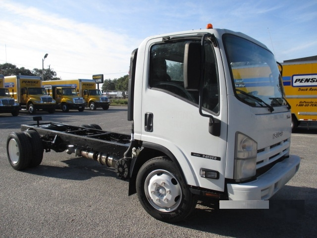 Cab and Chassis Truck-Light and Medium Duty Trucks-Isuzu-2009-NQR-PENSACOLA-FL-280,688 miles-$9,250