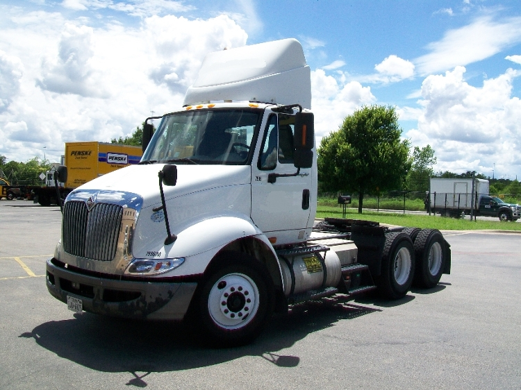 Day Cab Tractor-Heavy Duty Tractors-International-2009-8600-AUSTIN-TX-350,050 miles-$20,750