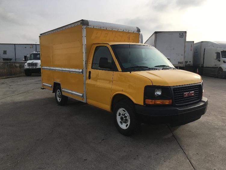 Light Duty Box Truck-Light and Medium Duty Trucks-GMC-2012-Savana G33503-FARGO-ND-119,334 miles-$15,500