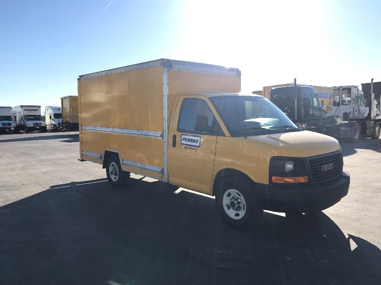 Light Duty Box Truck-Light and Medium Duty Trucks-GMC-2013-Savana G33503-KANSAS CITY-MO-129,103 miles-$15,250