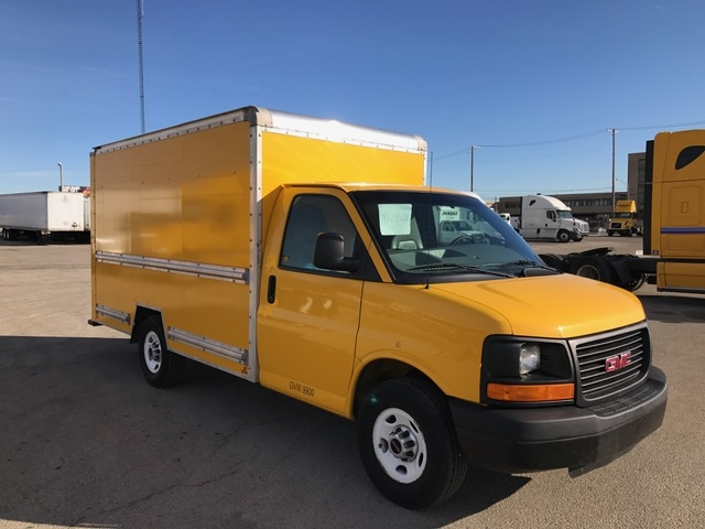 Light Duty Box Truck-Light and Medium Duty Trucks-GMC-2013-Savana G33503-STICKNEY-IL-117,999 miles-$16,000