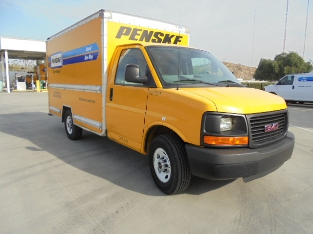 Light Duty Box Truck-Light and Medium Duty Trucks-GMC-2013-Savana G33503-ONTARIO-CA-114,954 miles-$15,750