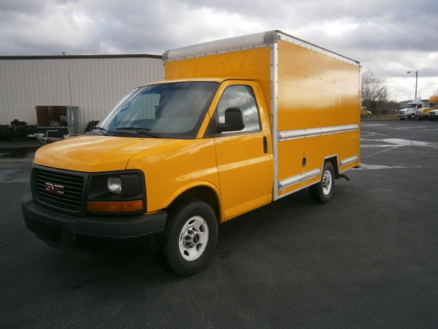 Light Duty Box Truck-Light and Medium Duty Trucks-GMC-2013-Savana G33503-COLUMBIA-TN-146,742 miles-$15,750