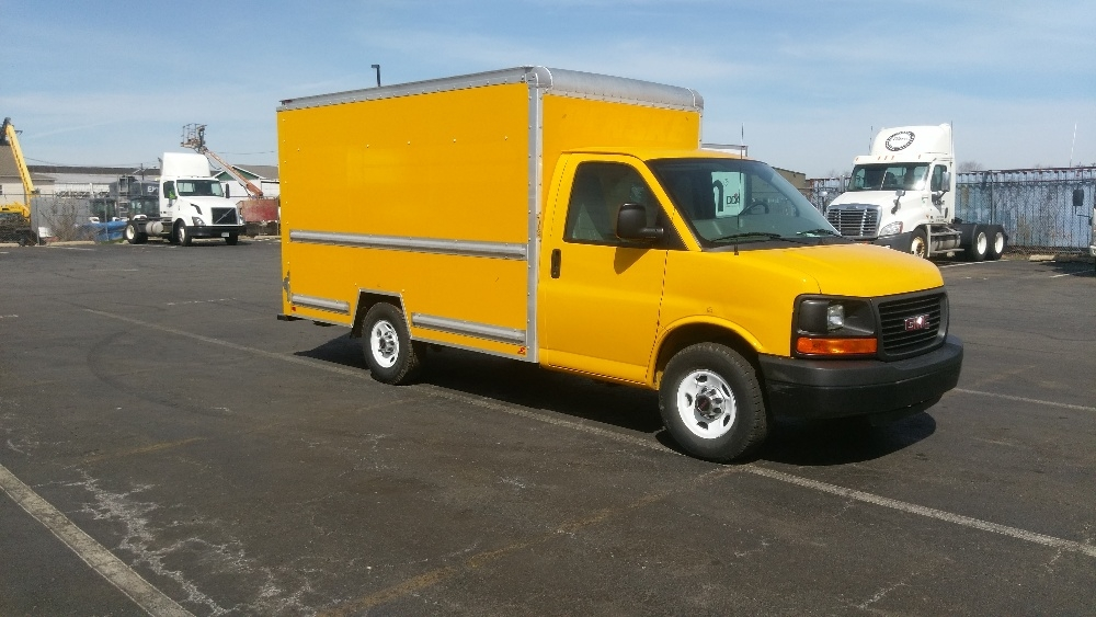 Light Duty Box Truck-Light and Medium Duty Trucks-GMC-2013-Savana G33503-SOUTH PLAINFIELD-NJ-112,936 miles-$16,250