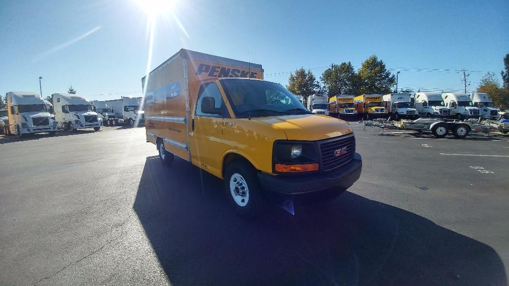 Light Duty Box Truck-Light and Medium Duty Trucks-GMC-2014-Savana G33503-NEW CASTLE-DE-83,661 miles-$21,250