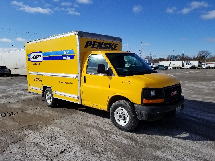 Light Duty Box Truck-Light and Medium Duty Trucks-GMC-2015-Savana G33503-MILWAUKEE-WI-84,770 miles-$22,000