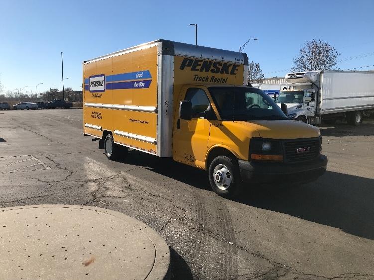 Light Duty Box Truck-Light and Medium Duty Trucks-GMC-2016-Savana G33903-KANSAS CITY-MO-89,170 miles-$18,750