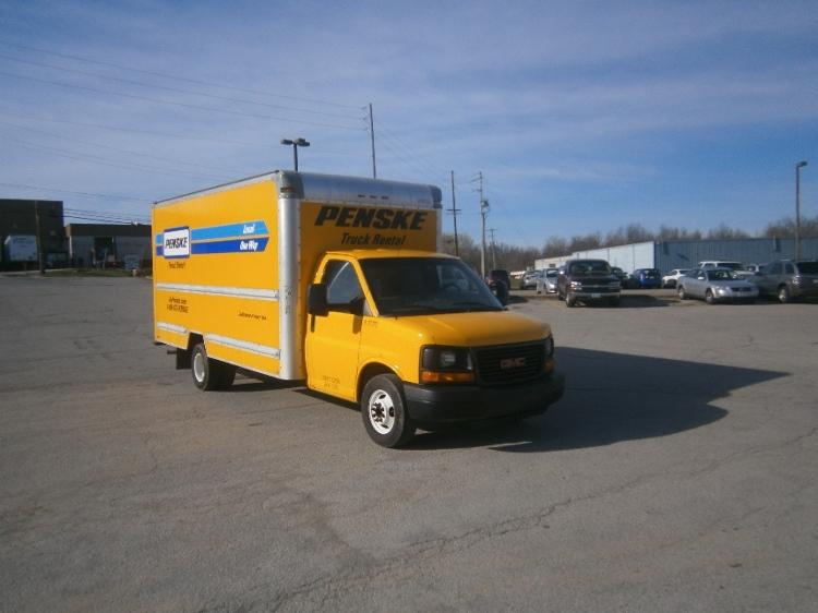 Light Duty Box Truck-Light and Medium Duty Trucks-GMC-2012-Savana G33903-YOUNGSTOWN-OH-125,305 miles-$12,250
