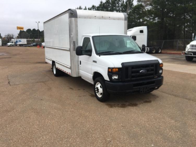 Light Duty Box Truck-Light and Medium Duty Trucks-Ford-2016-E350-PELAHATCHIE-MS-73,772 miles-$25,250