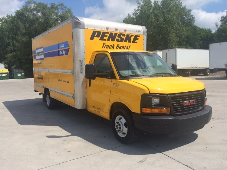 Light Duty Box Truck-Light and Medium Duty Trucks-GMC-2012-Savana G33903-DES MOINES-IA-113,340 miles-$13,000