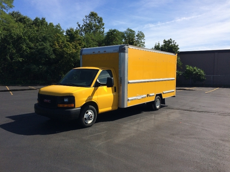 Light Duty Box Truck-Light and Medium Duty Trucks-GMC-2012-Savana G33903-FITCHBURG-MA-129,901 miles-$11,250
