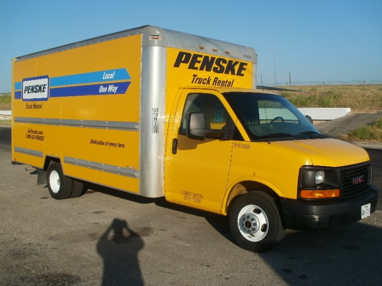 Light Duty Box Truck-Light and Medium Duty Trucks-GMC-2012-Savana G33903-WACO-TX-155,434 miles-$10,750