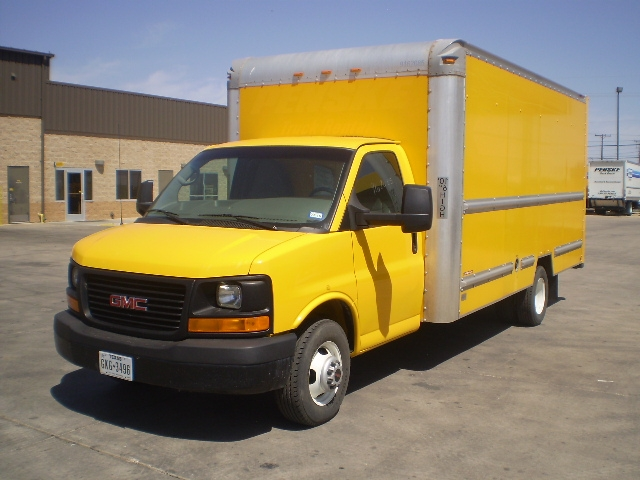 Light Duty Box Truck-Light and Medium Duty Trucks-GMC-2012-Savana G33903-FORT WORTH-TX-133,308 miles-$12,500